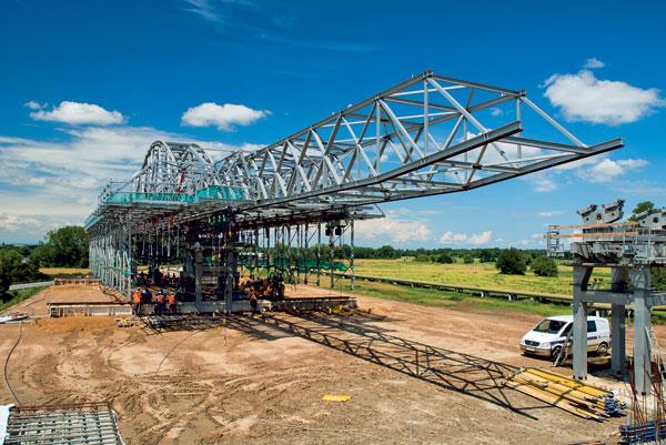 Bednění nosné konstrukce mostů