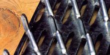 Dřevěné střešní konstrukce skovovými deskami  sprolisovanými trny