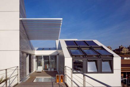 Dům zaměřený na světlo, vnitřní prostředí aenergii
