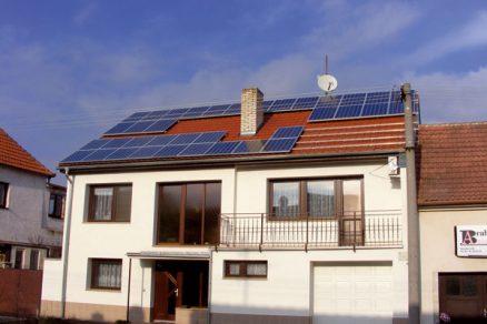 Fotovoltaická elektrárna na střeše domu – ano, nebo ne?