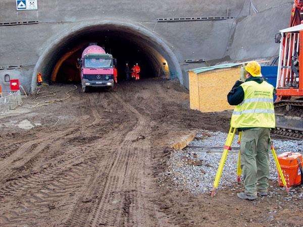 Geotechnický monitoring při výstavbě tunelů Slivenec – stavba SOKP 514