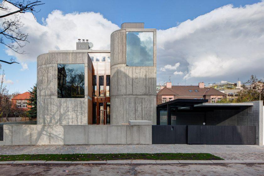 Osobitá moderní vila podle návrhu architekta Josefa Pleskota