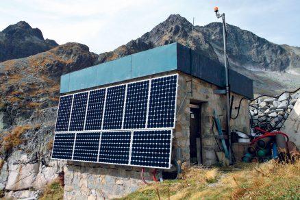 Fotovoltaický systém na Téryho chatě