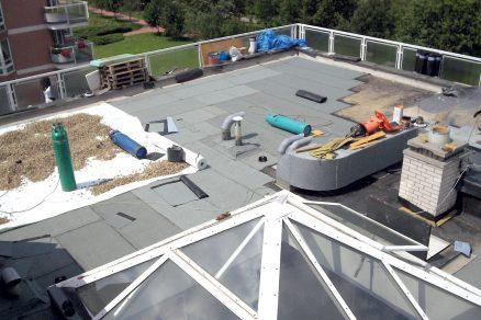 Patnáct let stará střecha volala po opravě