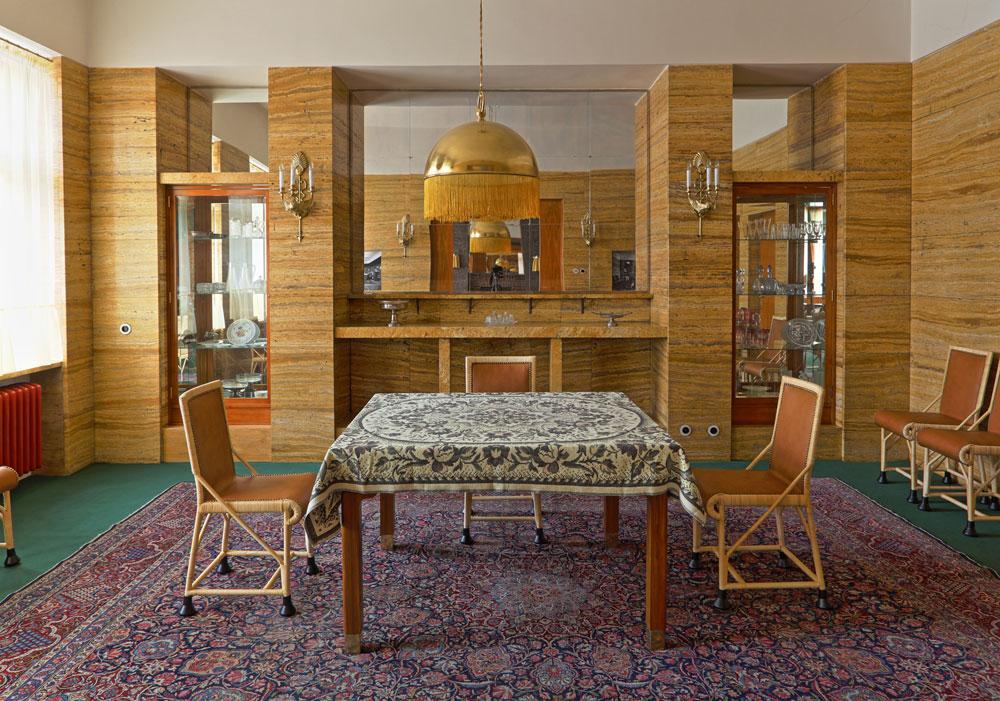 Zrekonstruovaný Loosův interiér v Plzni bude sloužit kultuře