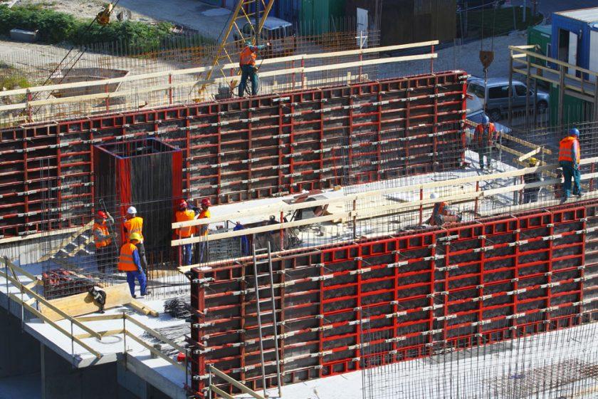 Stavebnictví v krizi ztratilo 50 000 pracovních míst