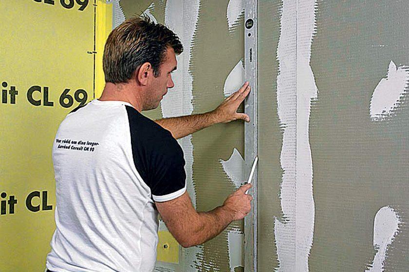 Příprava podkladu před lepením obkladů a dlažeb