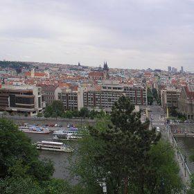 Komora architektů kritizuje soutěž Prahy 7 na podobu Letné