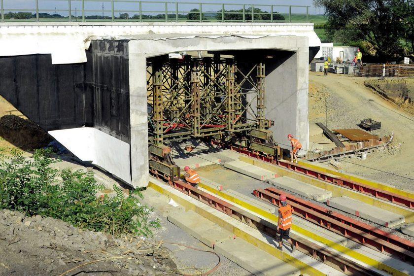Zásun železničního mostu