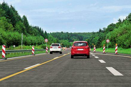 Dopravní značení na dálnicích a ostatních komunikacích