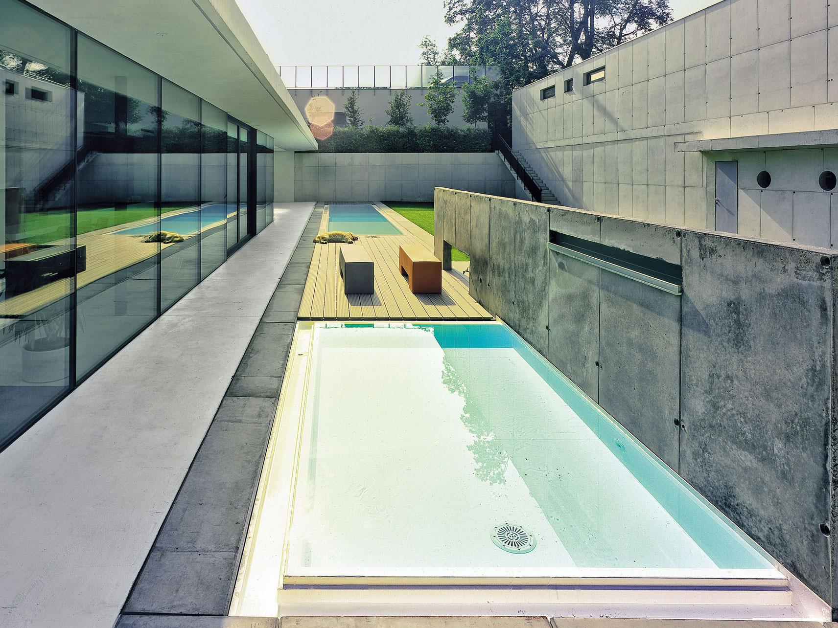 Použití barevných betonů na stavbě domu