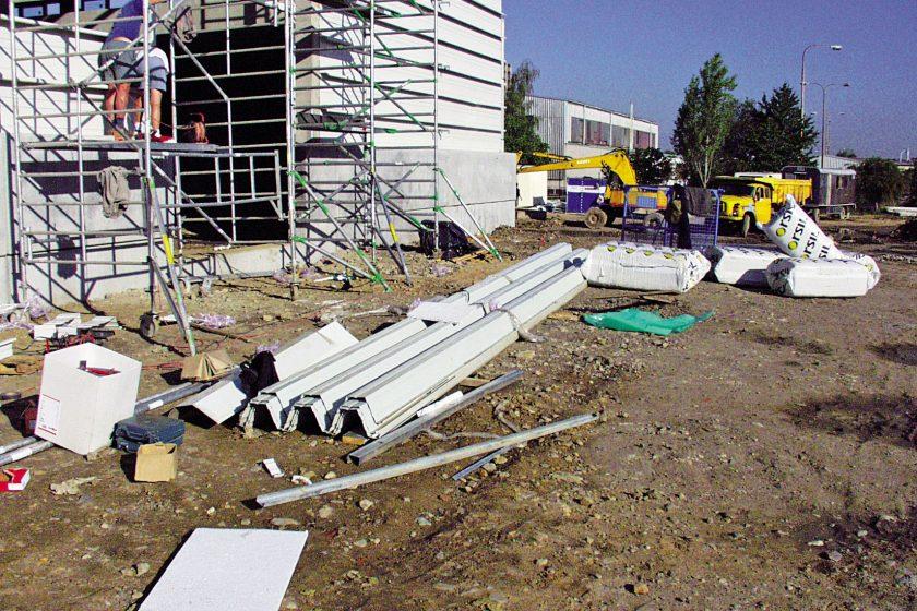 Bezpečná montáž kovových konstrukcí