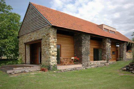 Rekonstrukce staré stodoly svépomocí