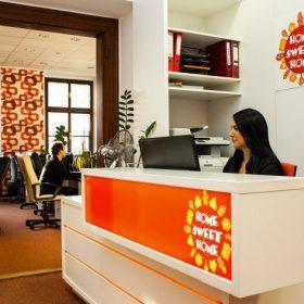 Při prodeji i pronájmu bytu je lepší využít zkušeností realitní kanceláře