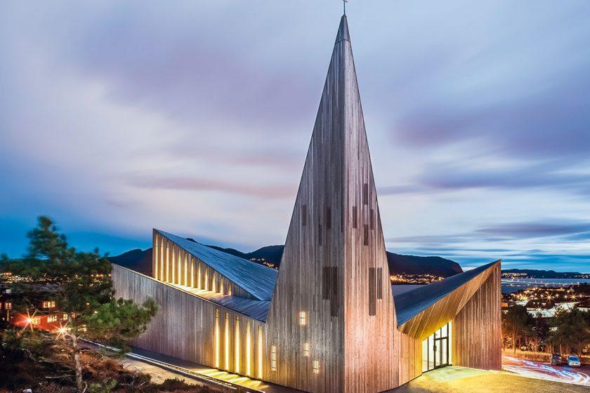 Kostel vKnarviku