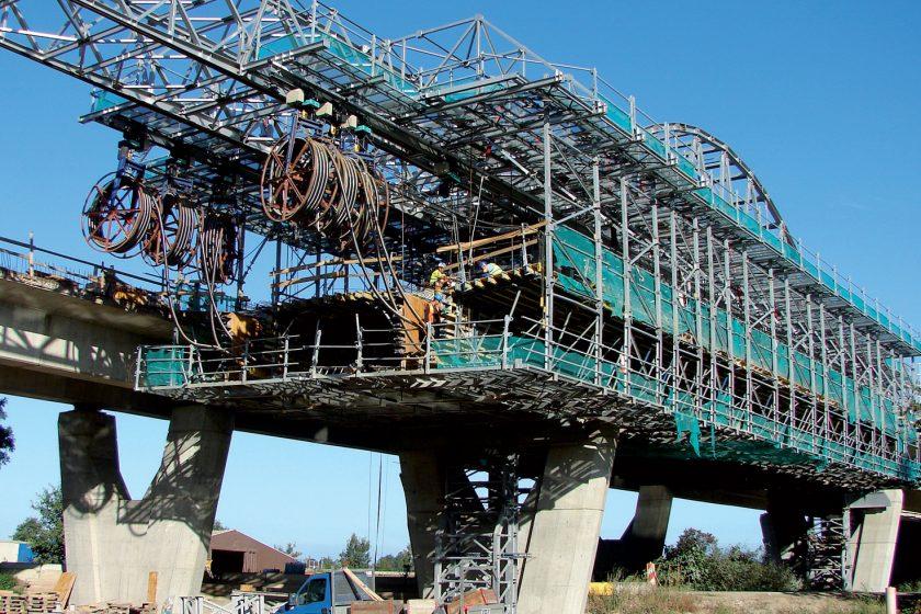Vývoj a instalace předpínacího systému mostu 218-00 na II. úseku D1 Jánovce – Jablonov