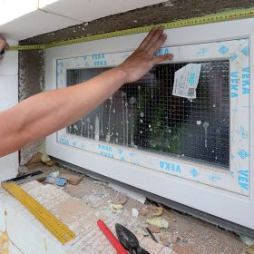 Prefabrikované ostění a nadpraží významně zrychlí zateplovací práce