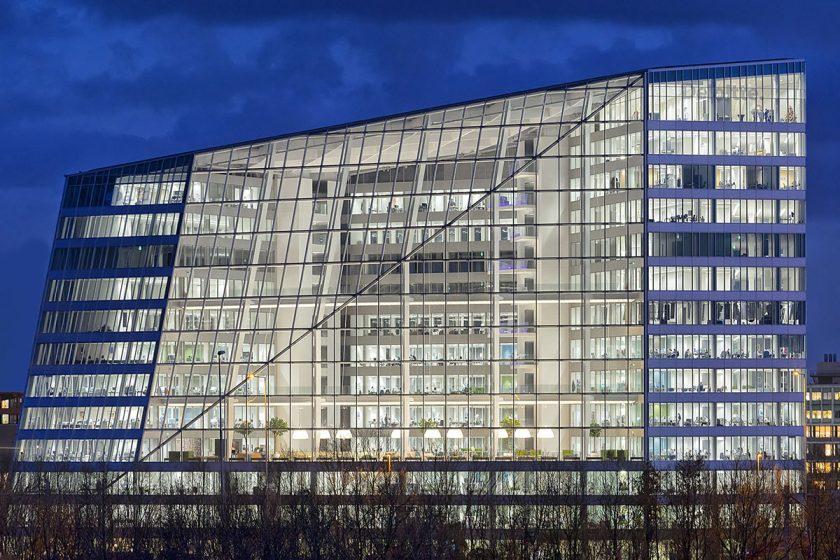 Schneider Electric dodal pokročilé technologie do nejudržitelnější kancelářské budovy na světě