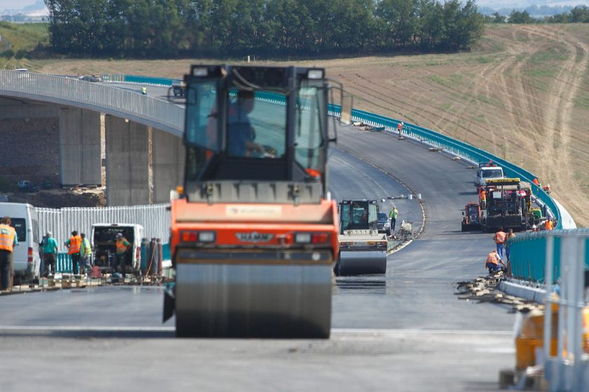 Růst stavebnictví v ČR zrychlil, v červenci stouplo o 12,3 pct