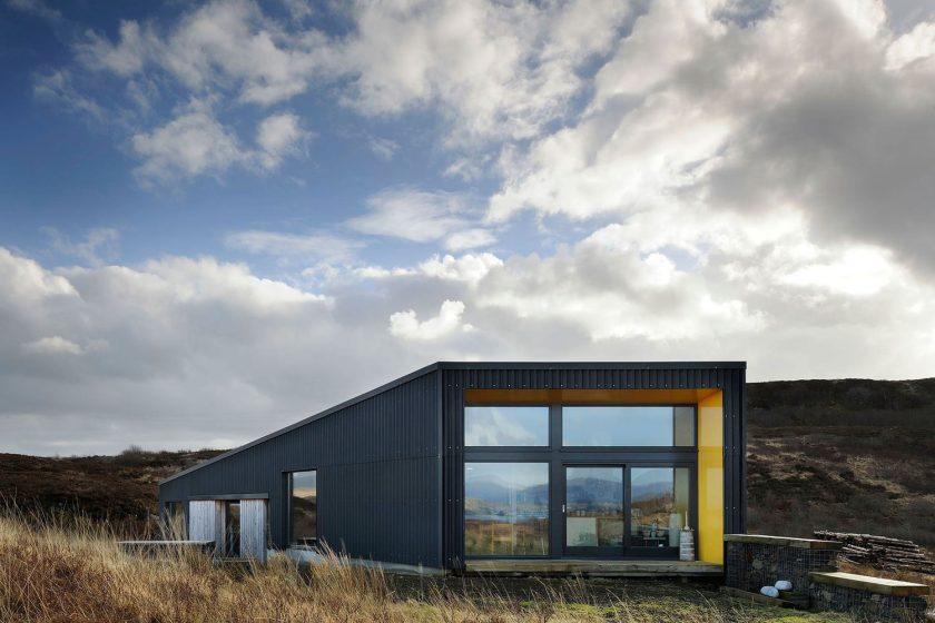 Black House – i takto může vypadat venkovská architektura