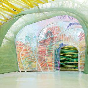 Pavilon Serpentine 2015: Duha do jiné dimenze
