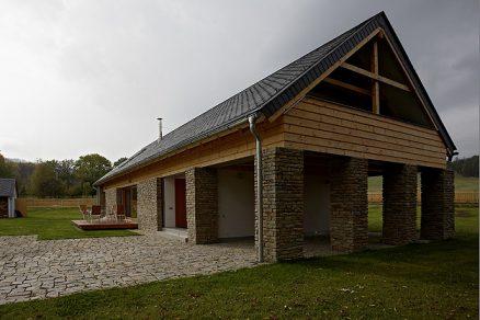 Moderní dům s respektem k tradici