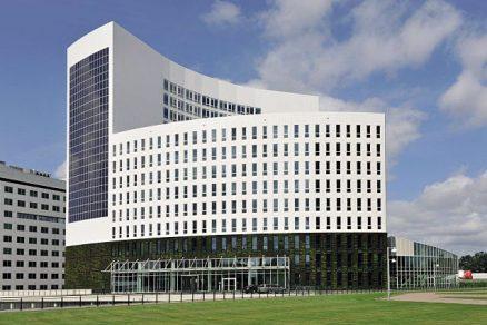 Kingspan Kooltherm K15 - řešení pro zavěšené fasády