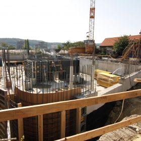 Stavební firmy mají zakázky na osm měsíců dopředu