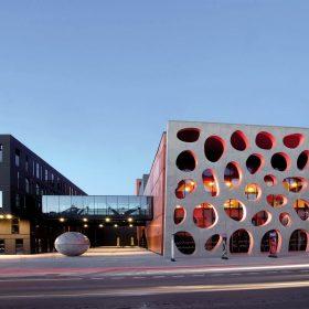 Pohledové betony na Novém divadle v Plzni