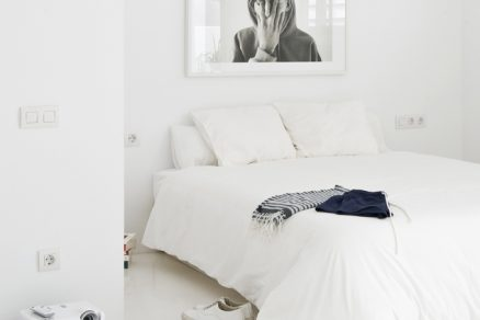 Bílý interiér - klidné místo pro relaxaci