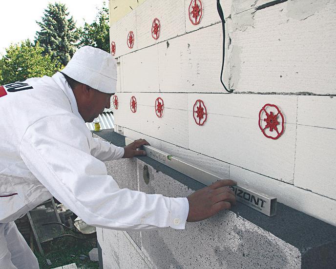 Pro zateplení fasády použijte kompletní systém