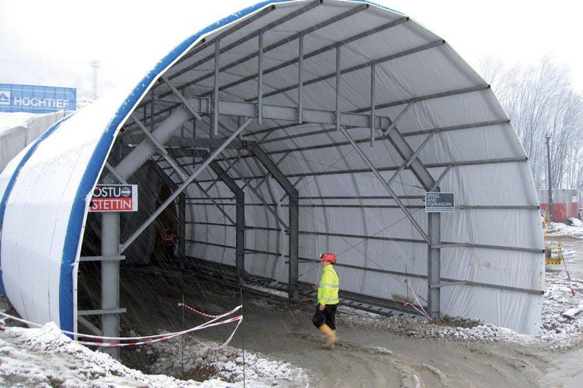 Návrh, realizace a podmínky provádění nevyztuženého definitivního ostění konvenčně ražených tunelů, II. Část