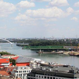 Výsun nového Starého mostu v Bratislavě