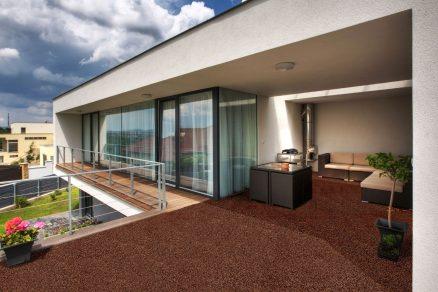 Kamenný povrch pro dům i zahradu