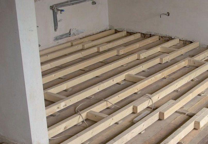 Rekonstrukce dřevěného trámového stropu
