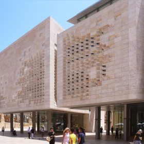 Maltský parlament Renza Piana