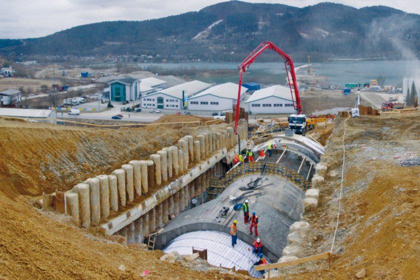 Netradiční řešení a zajímavosti z projektování a výstavby tunelu Považský Chlmec