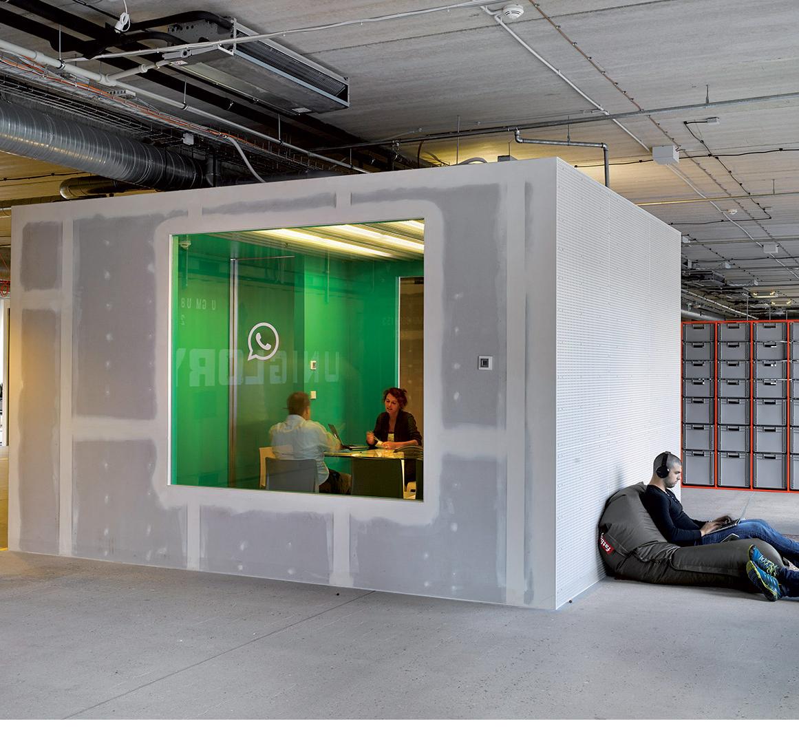 Kontejnerová kultura: OfficePunk