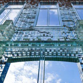 Crystal Houses v Amsterodamu – skleněná fasáda pevnější než beton