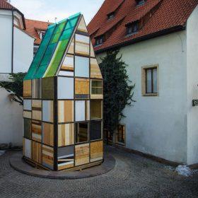 Sauna na nádvoří přímo v srdci historického centra Prahy