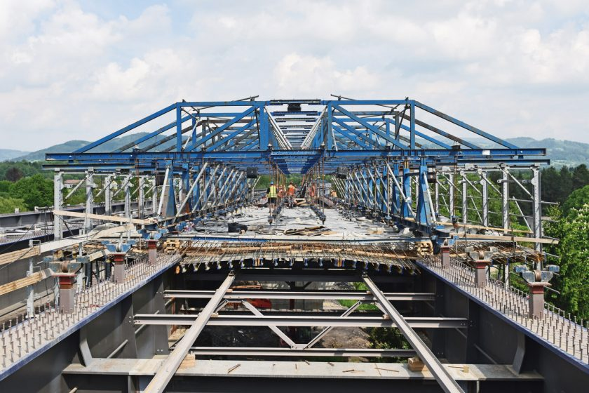 Spřažený most na obchvatu Třince