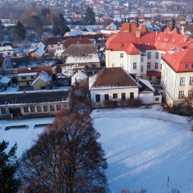 Architektonická soutěž - škola a hala ve Starém Plzenci