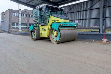 Technologie válcovaného betonu: pro odolné vozovky s nízkým výskytem poruch