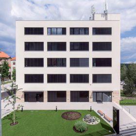 Rekonstrukce budovy i jména