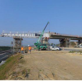Most SO 224 přes dálnici D3 a trať ČD