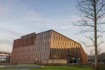 Energy Academy v Groningenu ukazuje budoucnost ekologických staveb
