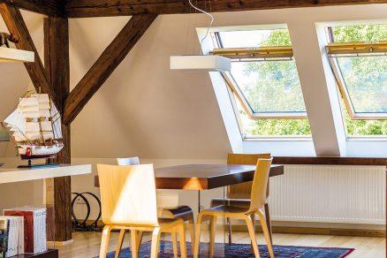 Tři skla jsou novým standardem u střešních oken