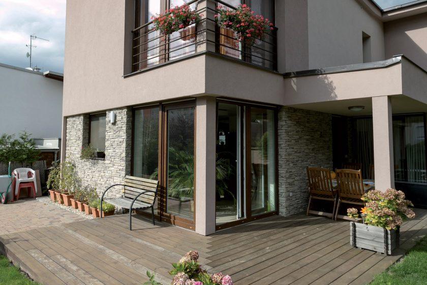 Renovace dřevěné terasy