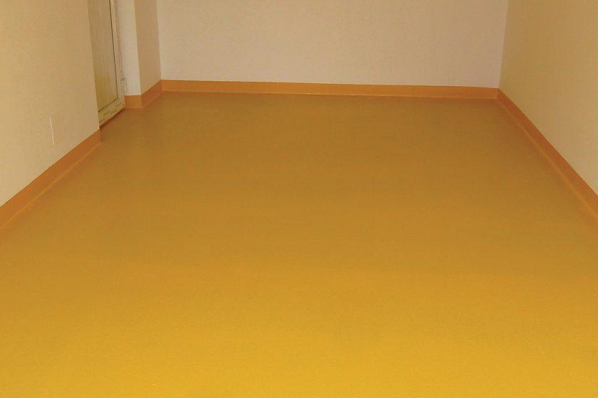 Epoxidový nátěr na betonové podlahy v interiéru