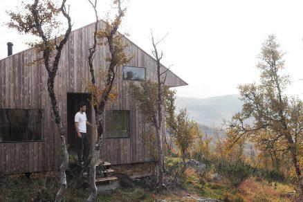 Chata na náhorní plošině, kterou si architekt navrhl sám pro sebe